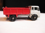 BEDFORD 7 1/2 TON TIPPER VERY GOOD $14