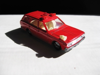TOMICA CEDRIC WAGON NEAR MINT $21